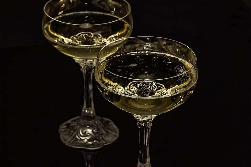 10 Maddede şampanya Hakkında Her şey 10layn
