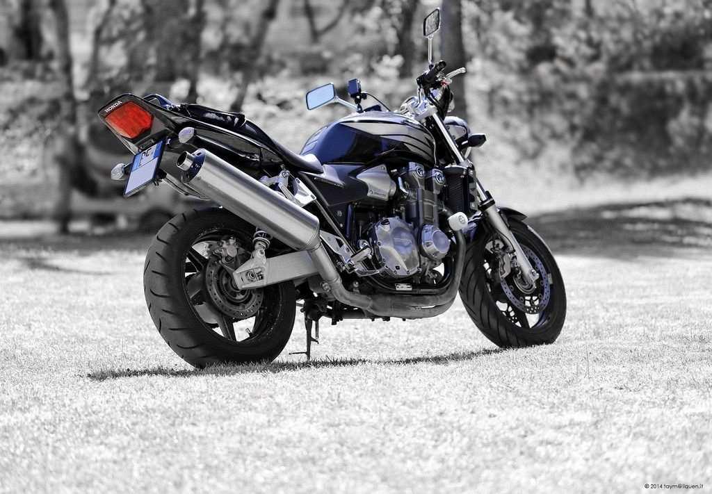 naked motorbike