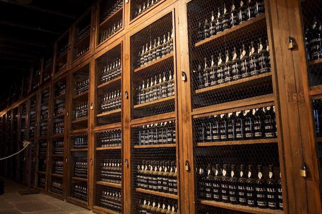 Madeira şarabı mahzen