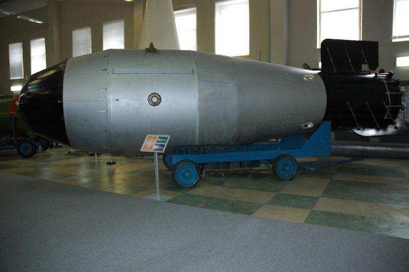 en güçlü 10 silah çar bombası