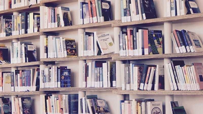 kitaplık kitaplar
