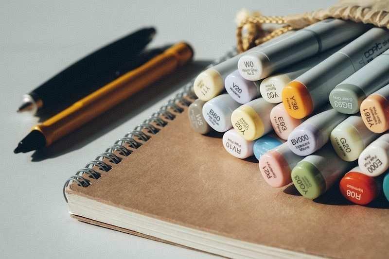 zihin haritası nasıl yapılır renkli kalemler çizim not defteri