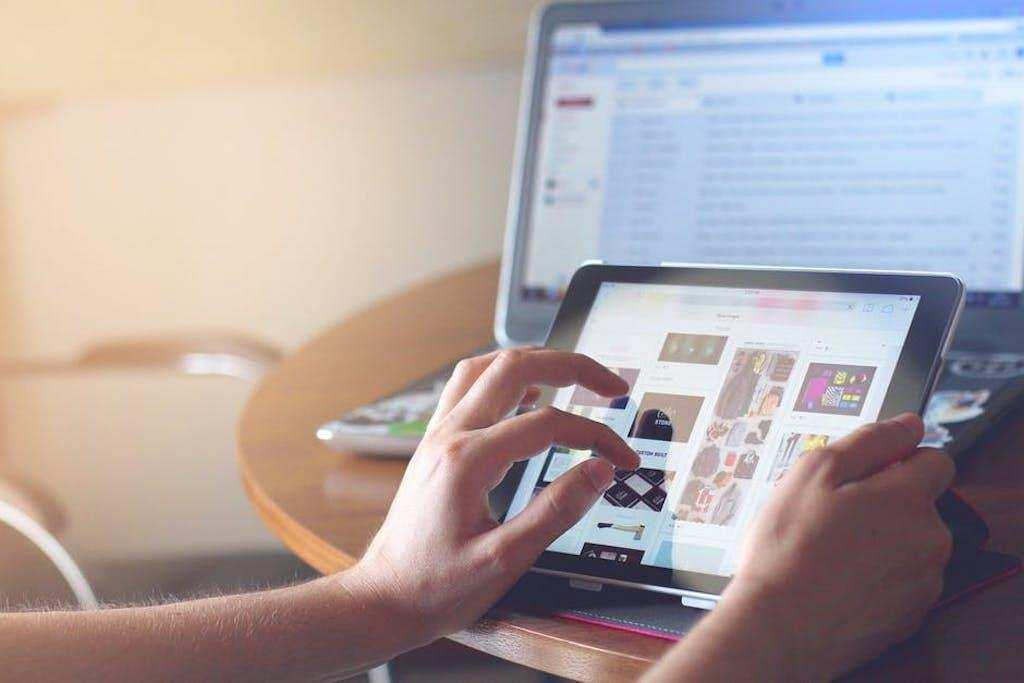 dijital minimalizm bilgisayar tablet