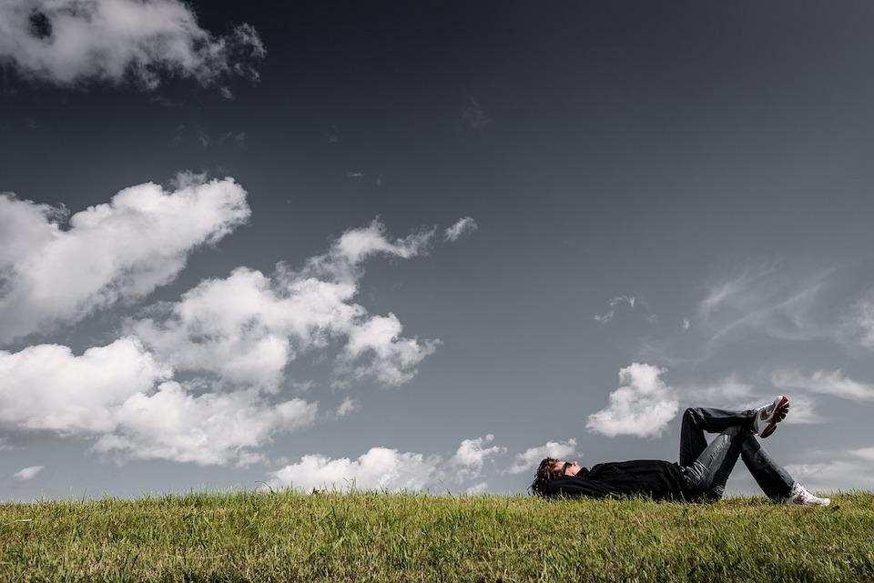yaratıcılığı geliştirmek dinlenmek erkek çimenler