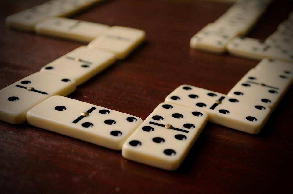 iki kişilik masa oyunları domino