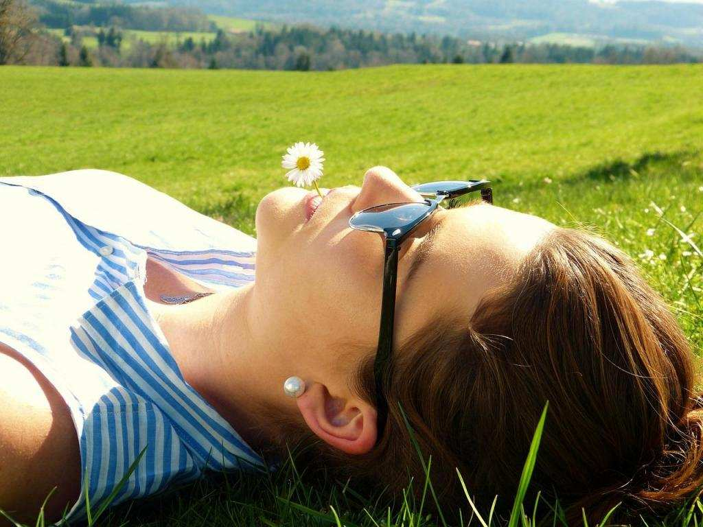 huzur doğa kadın
