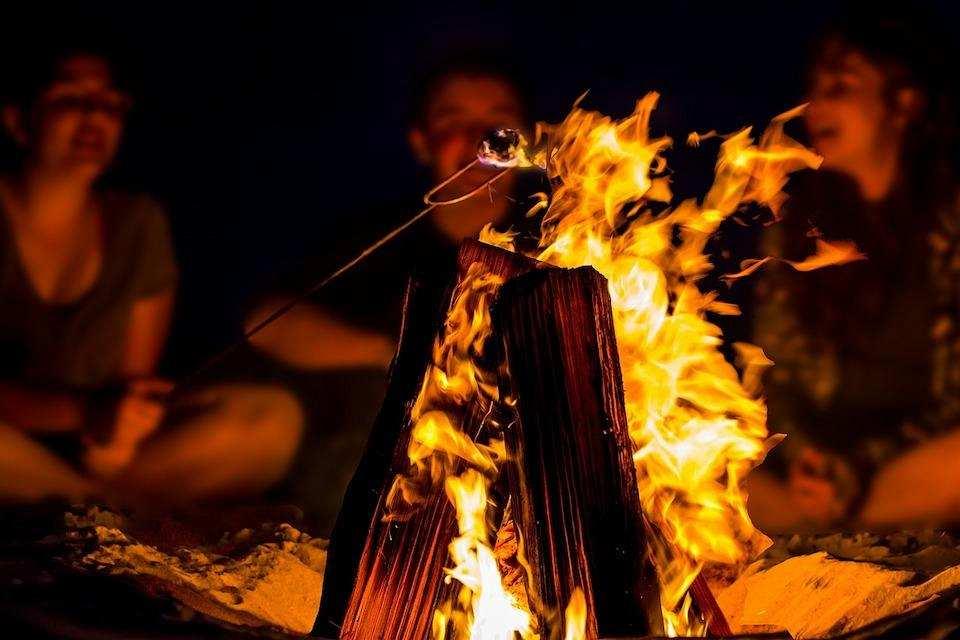 espri yeteneği kamp ateşi