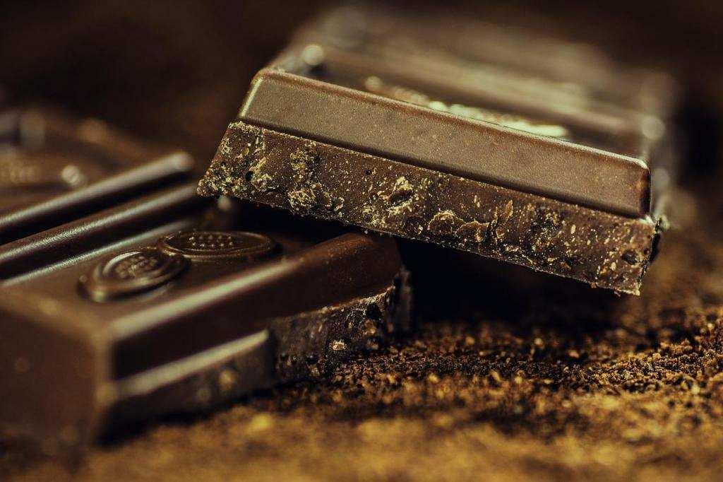 10 dakikada yapabileceğiniz 10 tatlı bitter çikolata