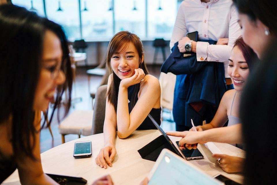 başarılı bir topluluk nasıl organize edilir toplantı ekip çalışması
