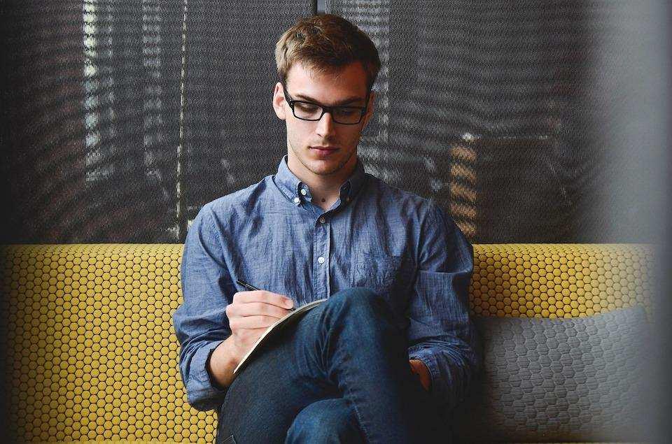 iş görüşmesi nasıl yapılır bekleme erkek iş görüşmesi