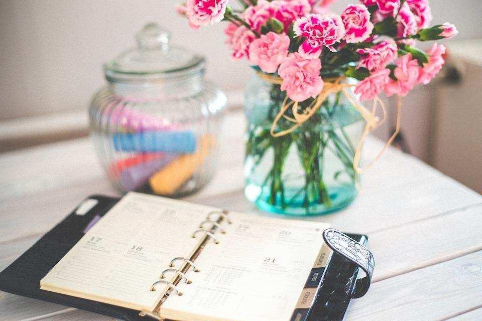 yapılacaklar listesi hazırlamanın doğru yolu ajanda çiçek